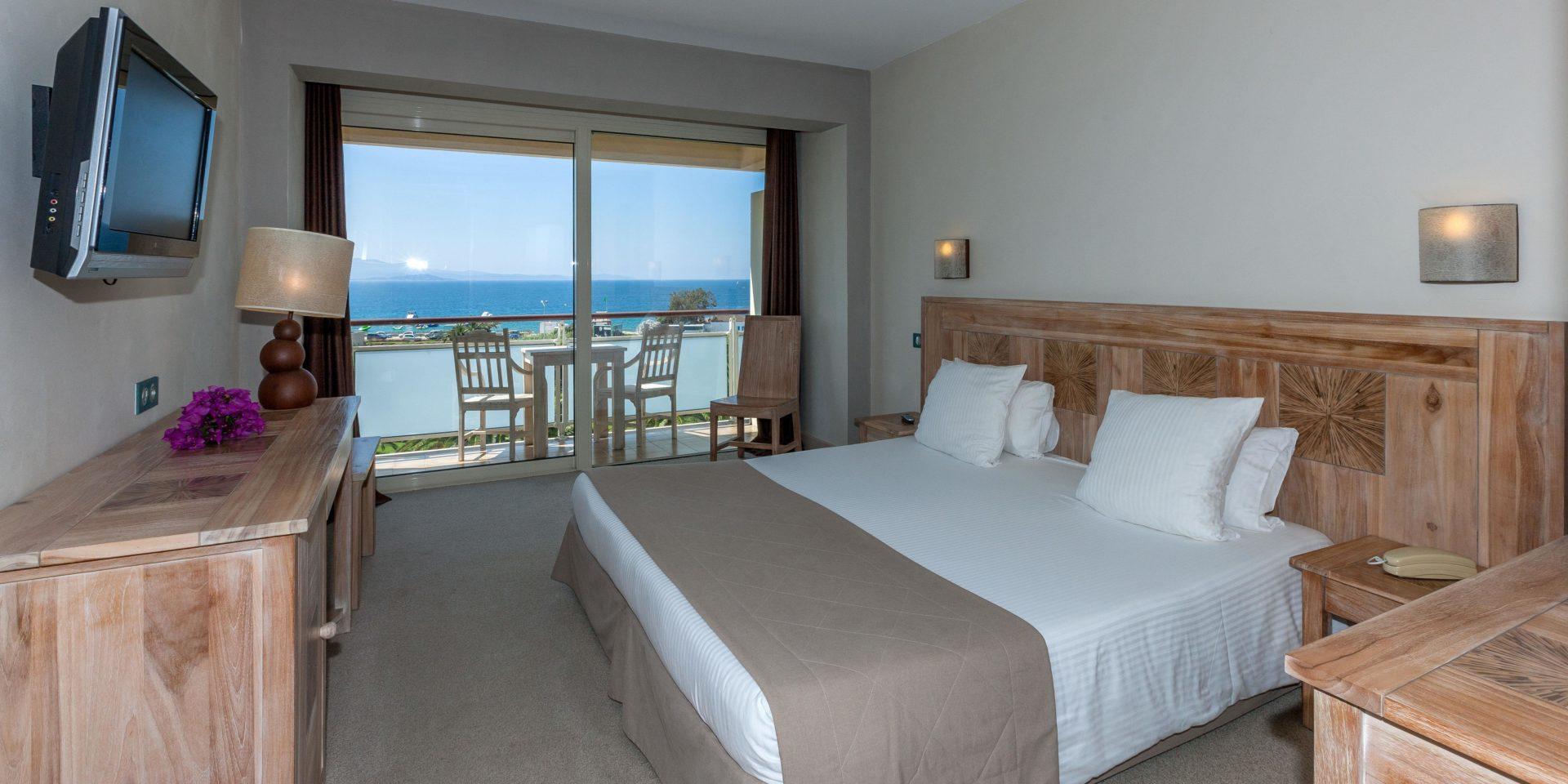 Hotel Campo dell'Oro Ajaccio Corsica Frankrijk tweepersoonskamer mer balkon terras zeezicht