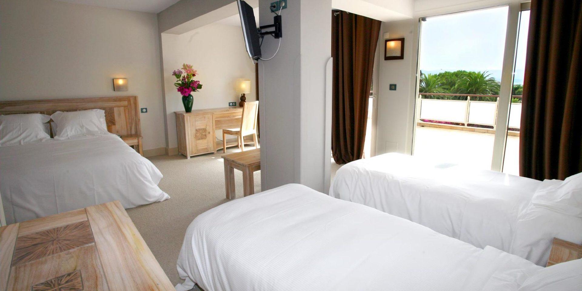 Hotel Campo dell'Oro Ajaccio Corsica Frankrijk vierpersoonskamer familiekamer Mer