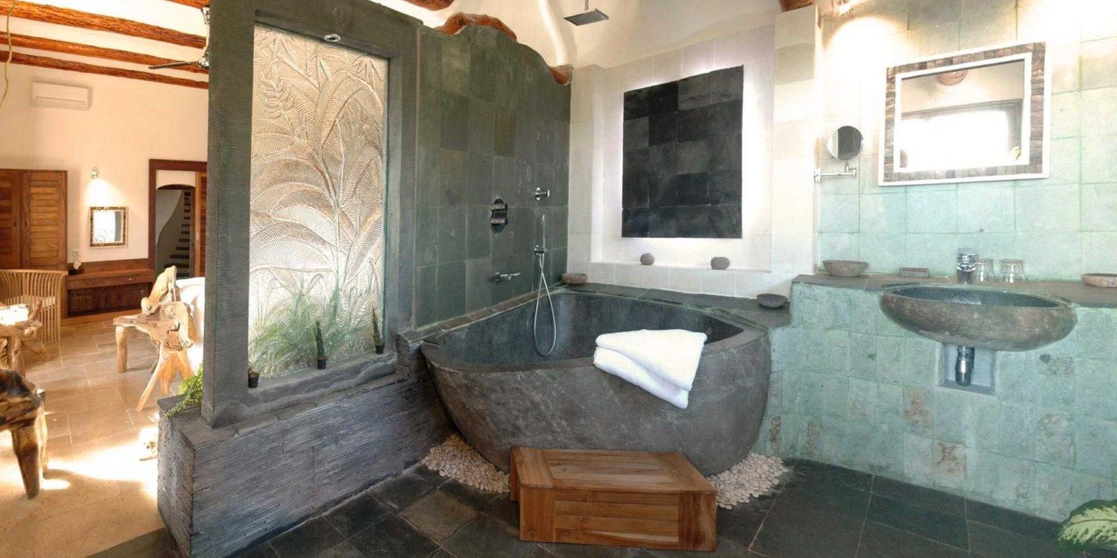 Ferme Auberge Domaine de Piscia Figari Corsica Frankrijk badkamer Les Splendides