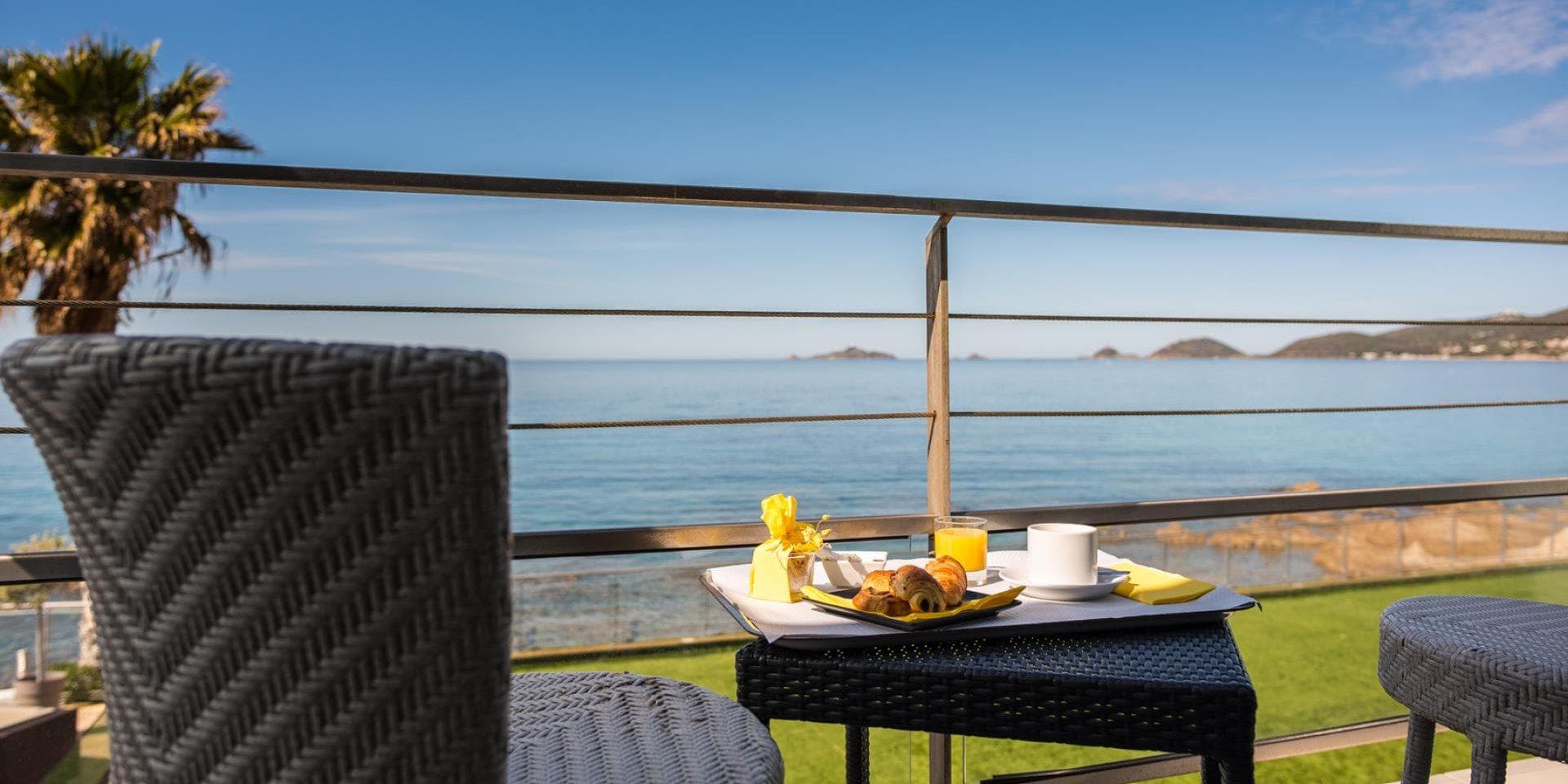 Hotel Cala di Sole Ajaccio Corsica Frankrijk balkon