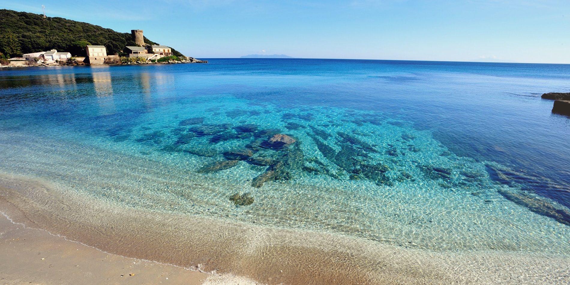 Hotel Misincu Cagnano Cap Corse Corsica Frankrijk strand zee