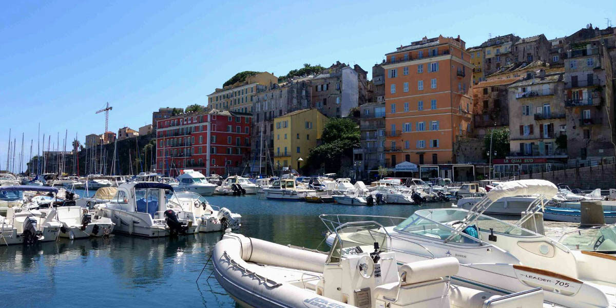 Bastia Corsica Frankrijk jachthaven detail motorboten