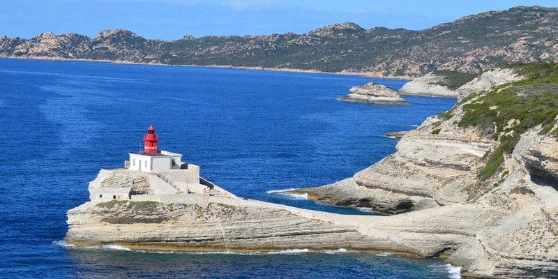 Best Western Hotel du Roy d'Aragon Bonifacio Corsica Frankrijk Phare La Madonetta vuurtoren zee