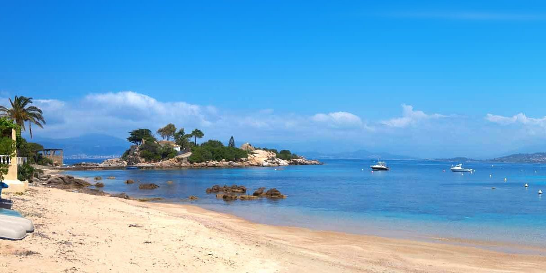 Plage de l'Isolella Corsica Frankrijk strand zee westkust