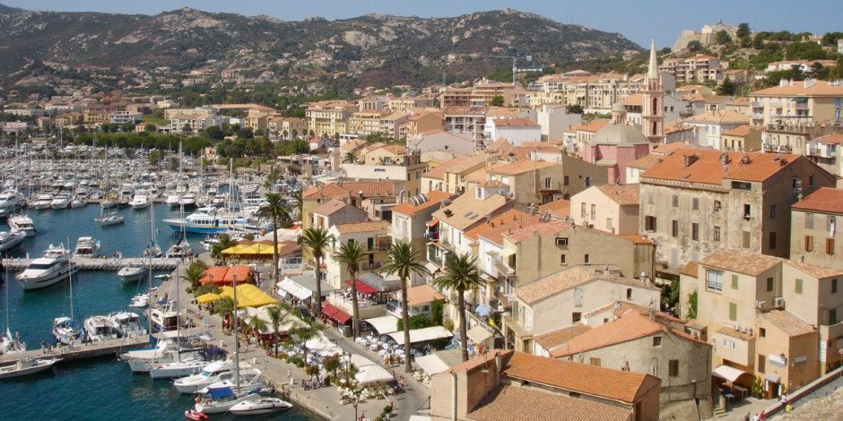 Porticcio Corsica Frankrijk stad haven zee plezierjacht
