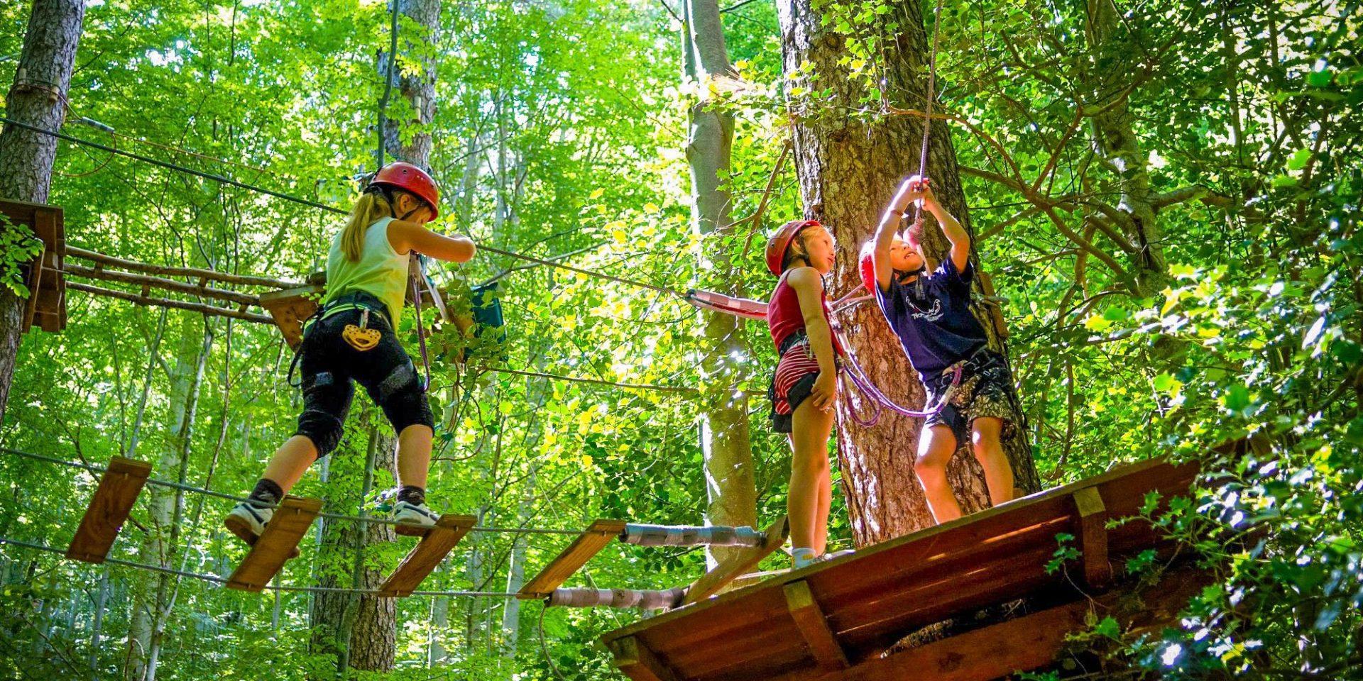 Foret de Vizzavona Corsica Frankrijk accrobrache boomkruinenpad kids outdoor sportief