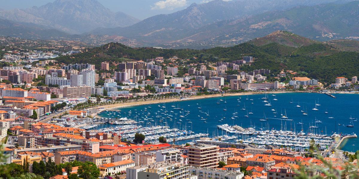 Ajaccio Corsica haven strand stad