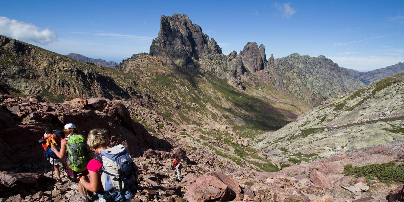 Corsica Frankrijk wandelen trekking hiking bergen groep