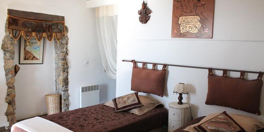 Chambres d'hotes U Cuventu di Paomia Cargese Corsica Frankrijk kamer eenpersoonsbedden