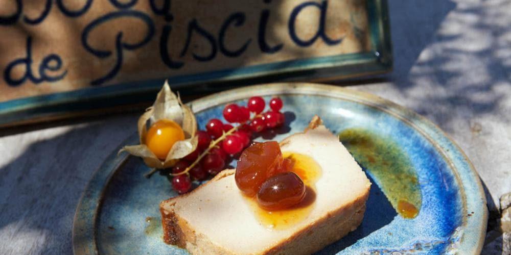 Domaine de Piscia Corsica Frankrijk dessert rode-bessen