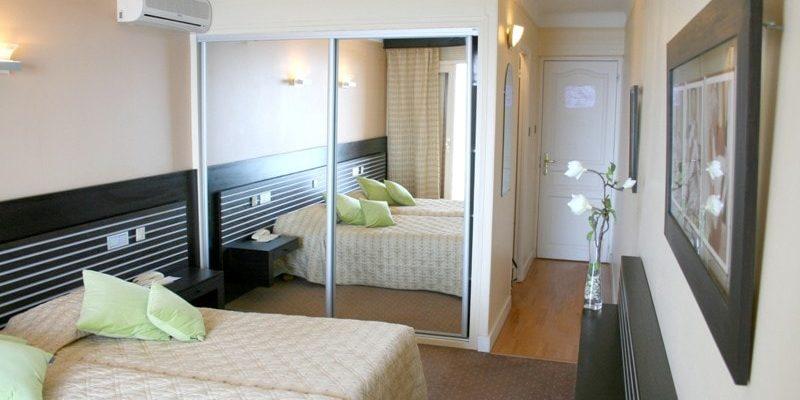 Hotel Capo Rosso Piana Calanques-de-Piana Corsica Frankrijk kamer-superieure twee-eenpersoonsbedden