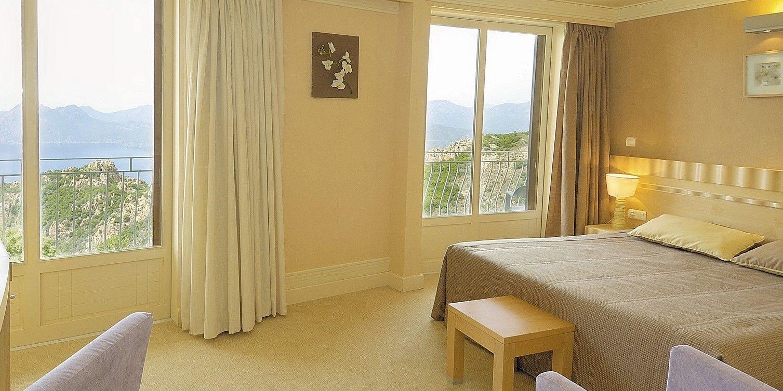 Hotel Capo Rosso Piana Calanques-de-Piana Corsica Frankrijk kamer tweepersoonsbed Grand-Aigle