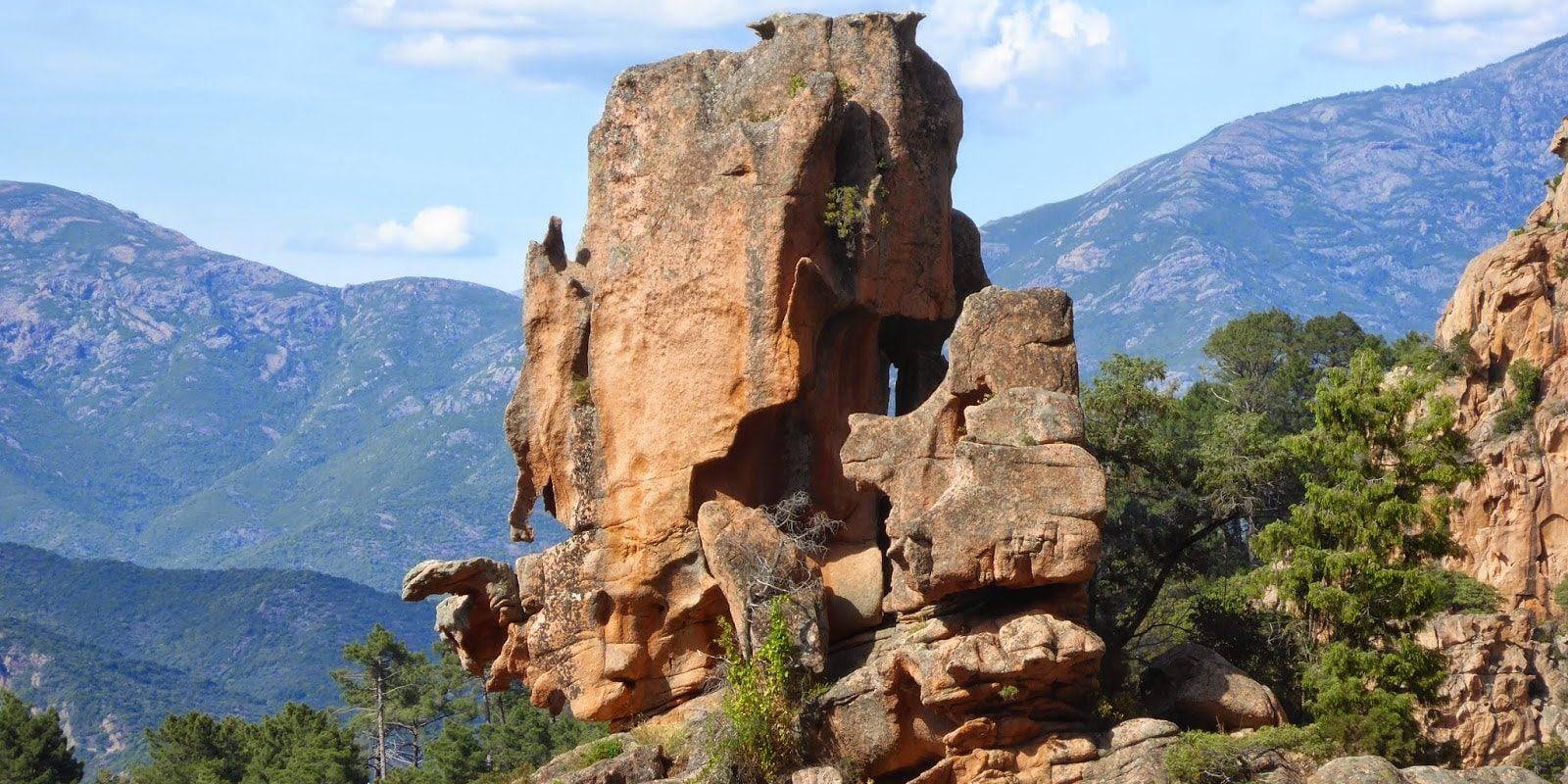 Hotel Capo Rosso Piana Calanques-de-Piana Corsica Frankrijk rotsen maquis bergen