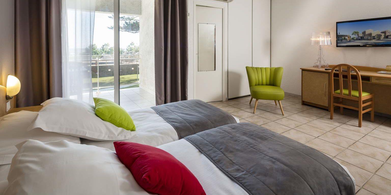 Hotel La Lagune Lido de la Marana Lucciana Corsica Frankrijk slaapkamer balkon zitje