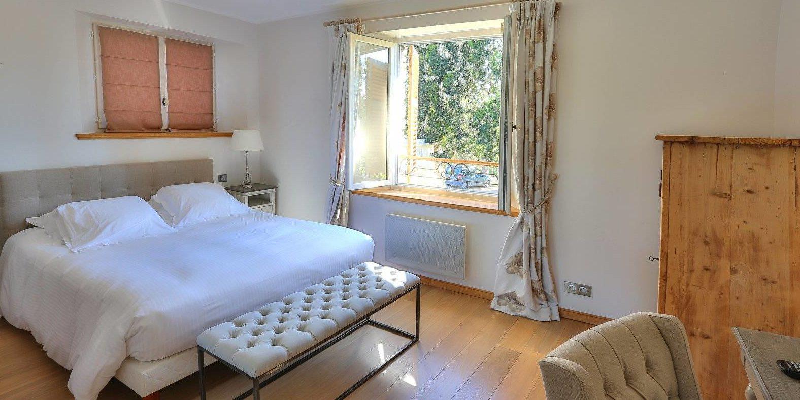 Hotel La Roya Saint-Florent Corsica Frankrijk tweepersoonskamer-in-annex
