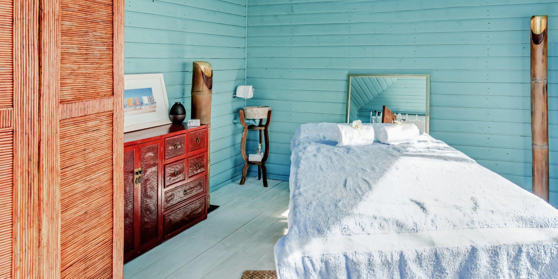 Hotel Le Roc E Fiori Porto-Vecchio Bocca del'Oro Corsica Frankrijk wellness masagetafel zen