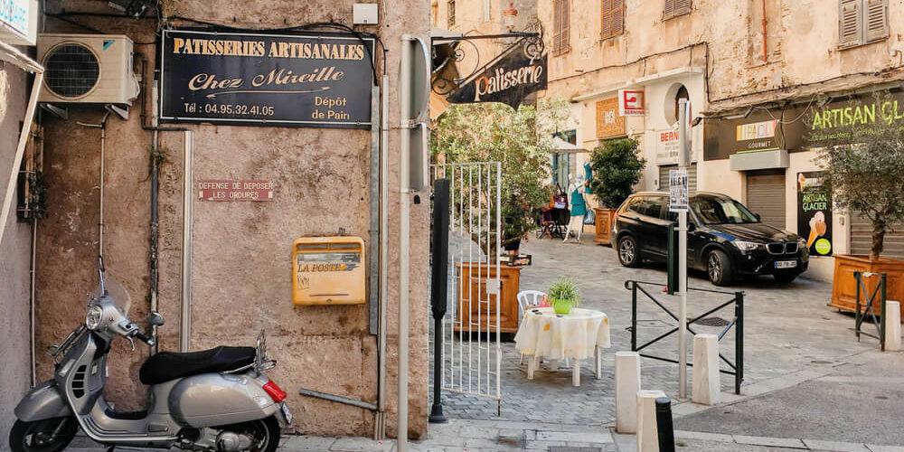 Hotel des Gouverneurs Bastia Corsica Frankrijk Patisserie-Chez-Mireille