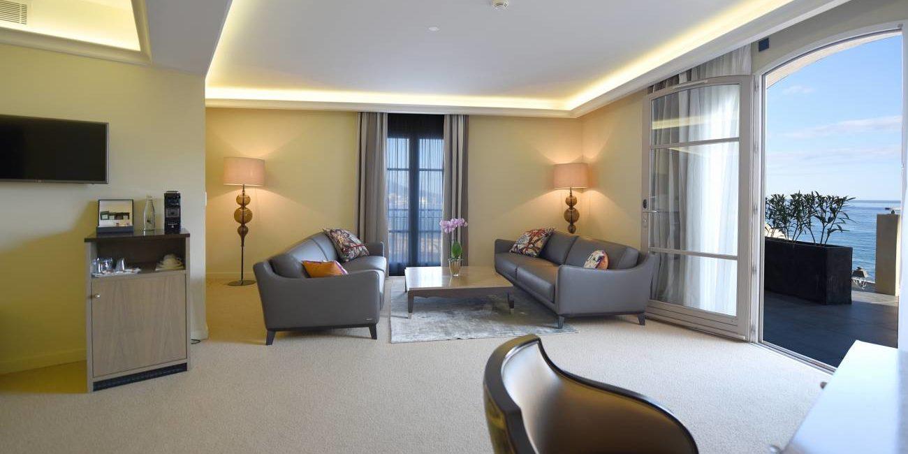 Hotel des Gouverneurs Bastia Corsica Frankrijk luxury suite luxe balkon zeezicht