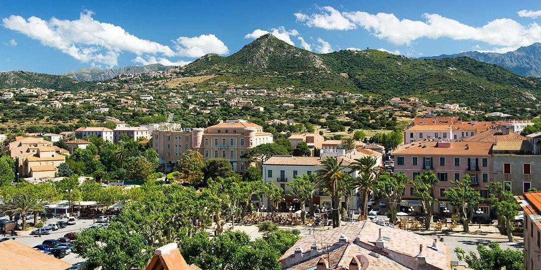 Residence Dary Ile Rousse Balagne Corsica Frankrijk Ile Rousse stad centrum