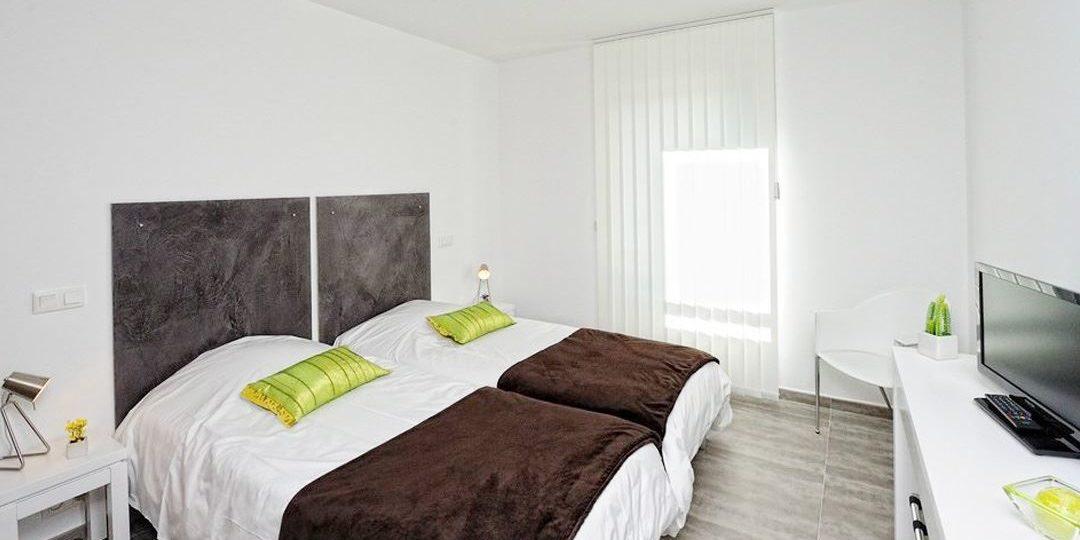 Residence Dary Ile Rousse Balagne Corsica Frankrijk appartement slaapkamer met 2 losse bedden