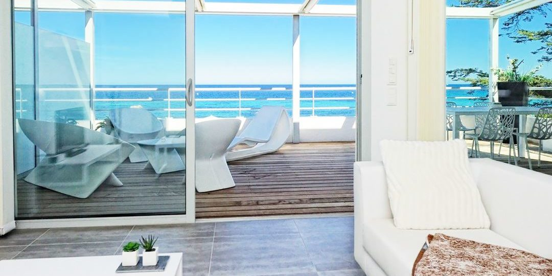 Residence Dary Ile Rousse Balagne Corsica Frankrijk appatement balkon terras loungestoelen design