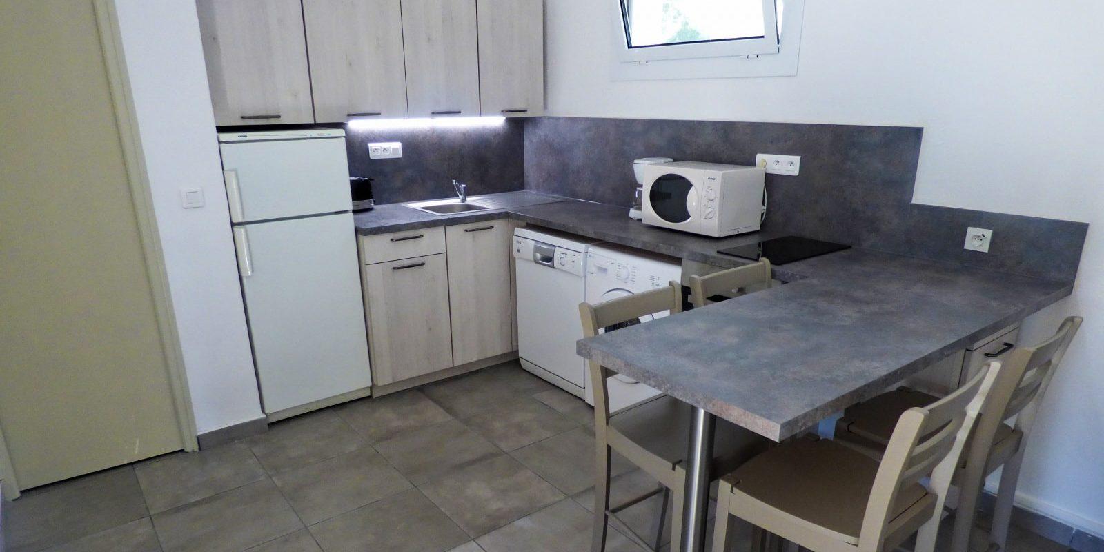 Residence U Paesolu Pinarello Sainte-Lucie-de-Porto-Vecchio Porto-Vecchio Corsica Frankrijk minivilla vierkamervilla 3-slaapkamers keuken