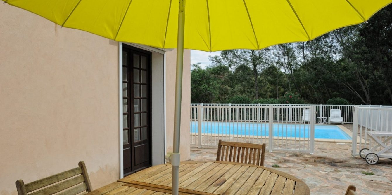 Residence U Paesolu Pinarello Sainte-Lucie-de-Porto-Vecchio Porto-Vecchio Corsica Frankrijk vierkamervilla-Standing terras privezwembad
