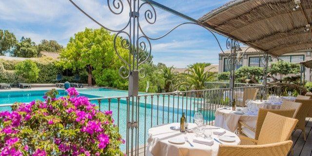 Hotel Roi Theodore & SPA Porto-Vecchio Corsica Frankrijk restaurant terras zwembadzijde