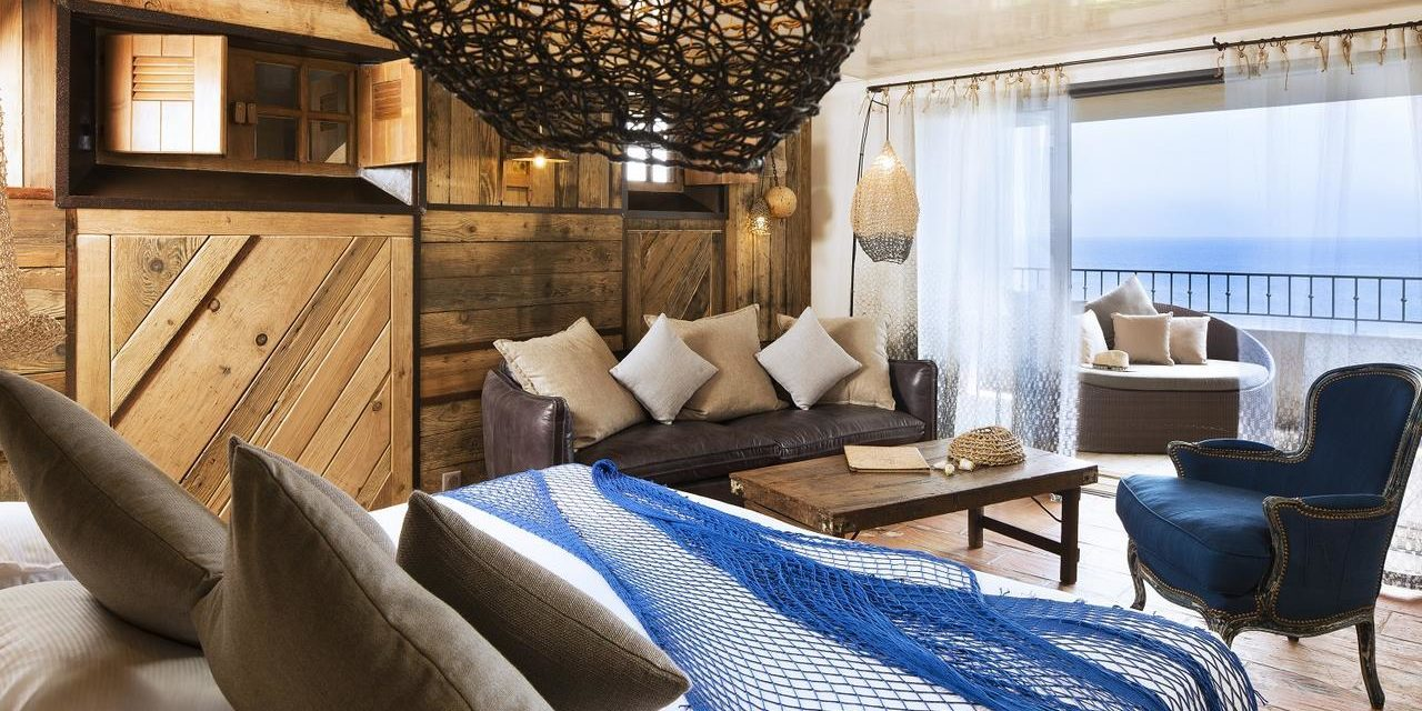 Hotel U Capu Biancu Bonifacio Corsica Frankrijk kamer suite visnet loungebed