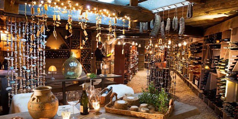 Hotel U Capu Biancu Bonifacio Corsica Frankrijk wijnkelder cave