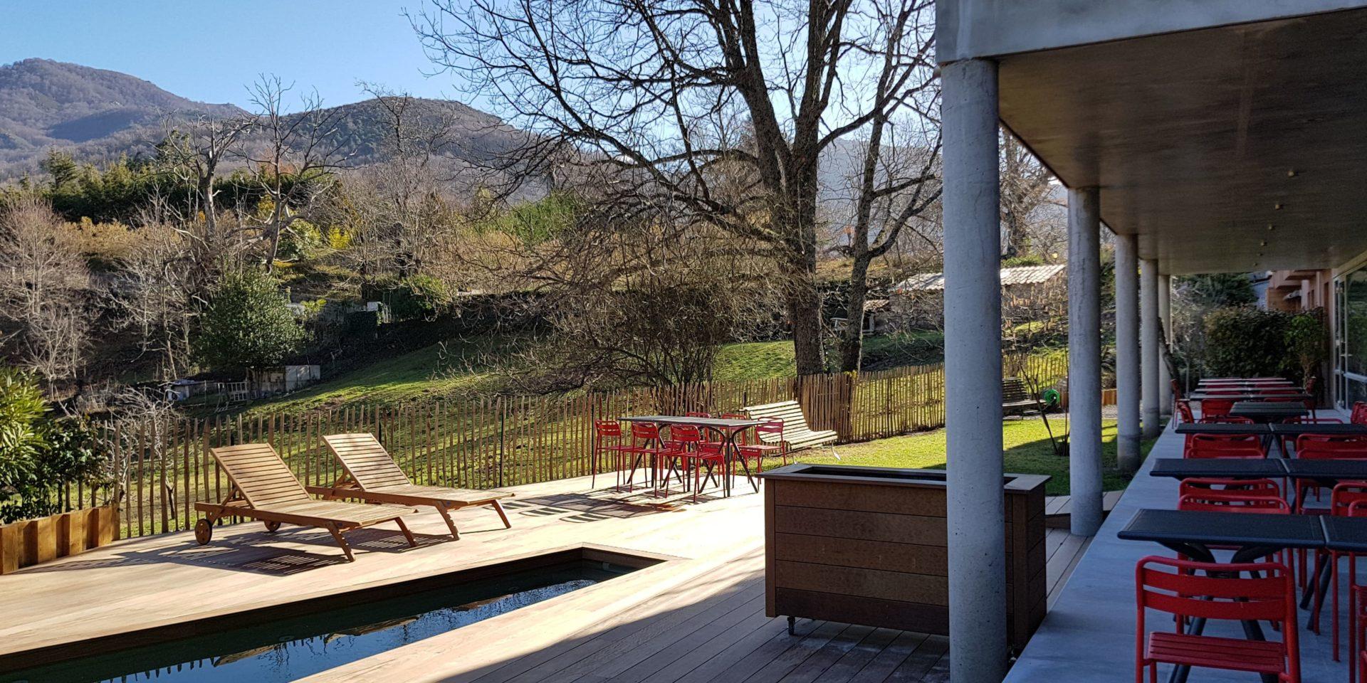 Boutique Hotel Artemisia Bastelica Corsica Frankrijk terras zwembad bergen