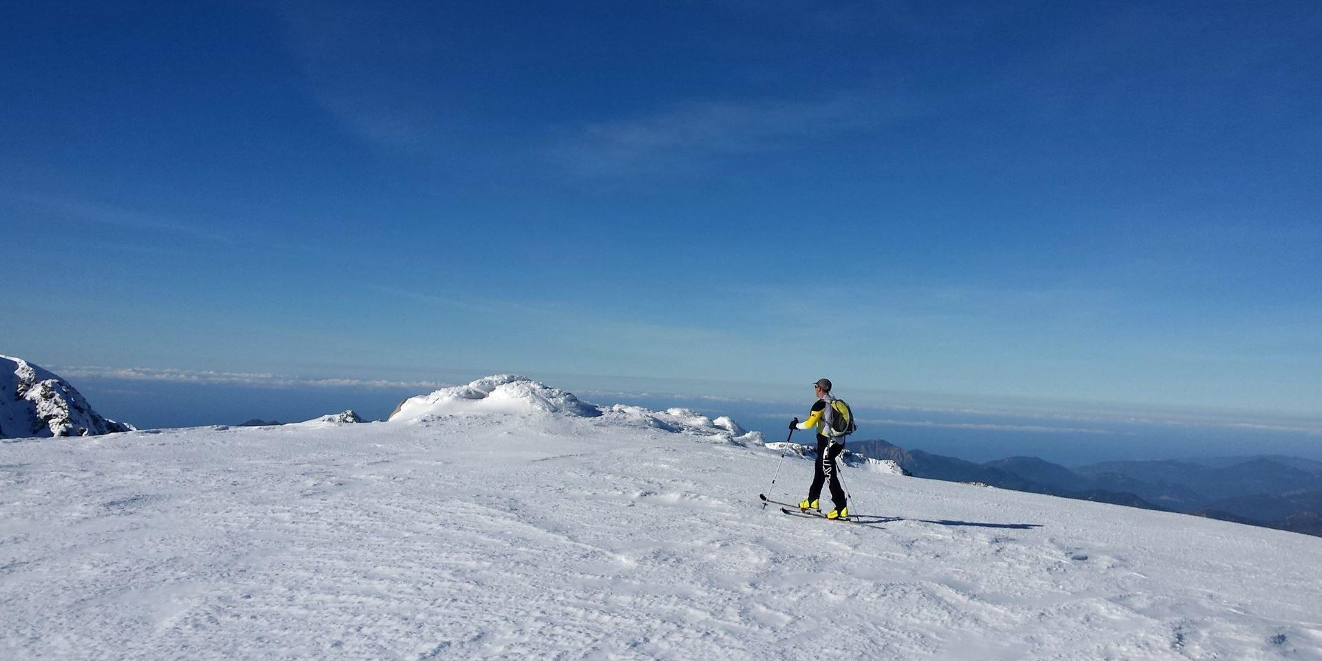 Val d'Ese Bastelica Corsica Frankrijk skigebied sneeuw bergen zee langlaufen
