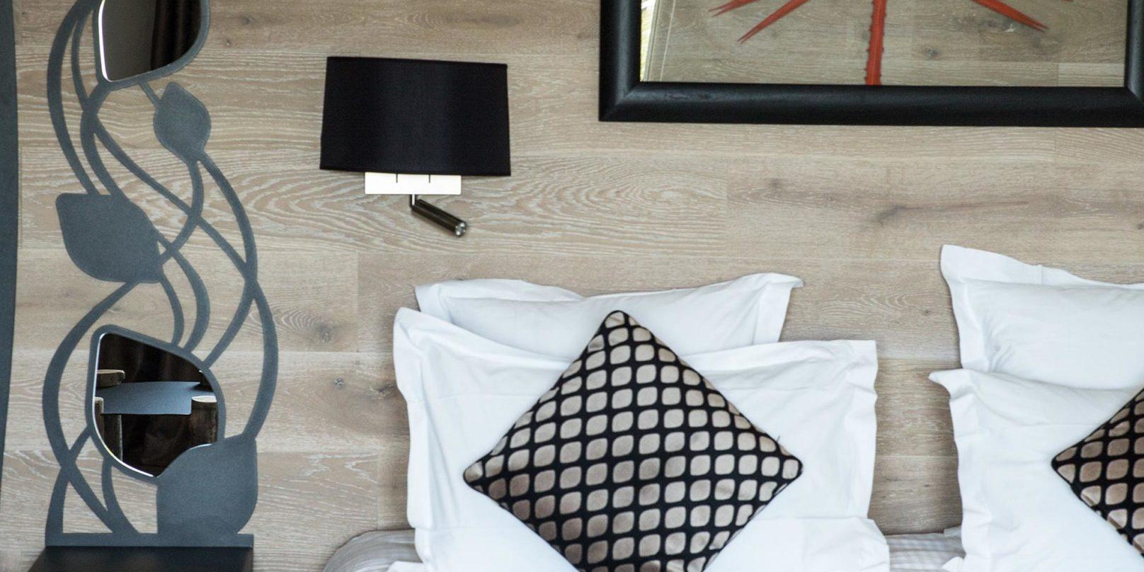 Hotel A Piattatella Monticello Balagne Corsica Frankrijk kamer design sober aardetinten