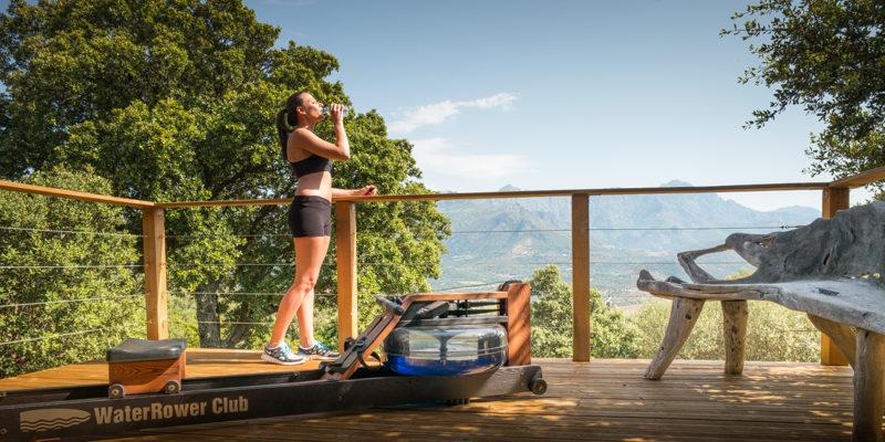 Hotel A Piattatella Monticello Balagne Corsica Frankrijk sporten outdoor vrouw fitness-apparaten
