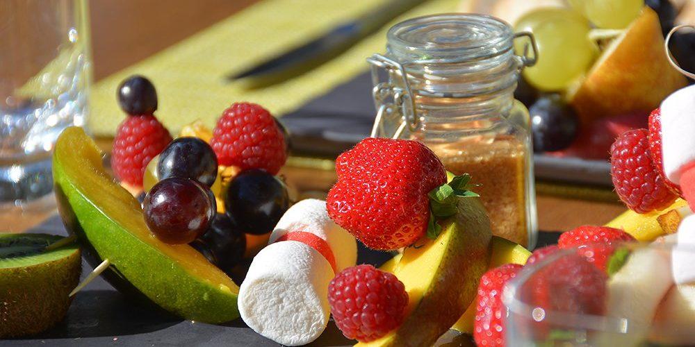 Hotel Dominique Colonna Corte Restonica binnenland Corsica Frankrijk borrel snack marshmellow detail