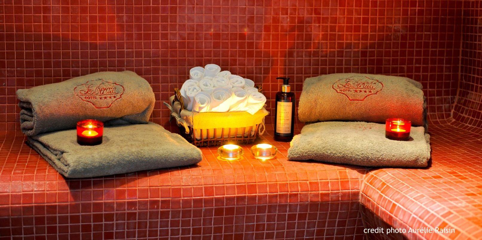 Boutique Hotel Liberata Ile Rousse Balagne Corsica Frankrijk spa hamam handdoeken (2)