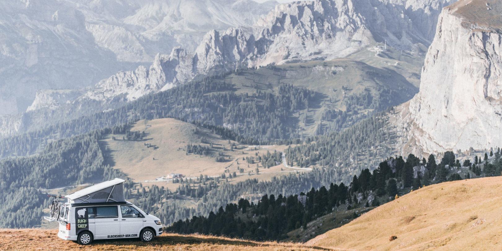 Corsica Frankrijk campervans Blacksheep CALIFORNIA BLACKSHEEP natuur bergen panorama uitzicht vrijheid