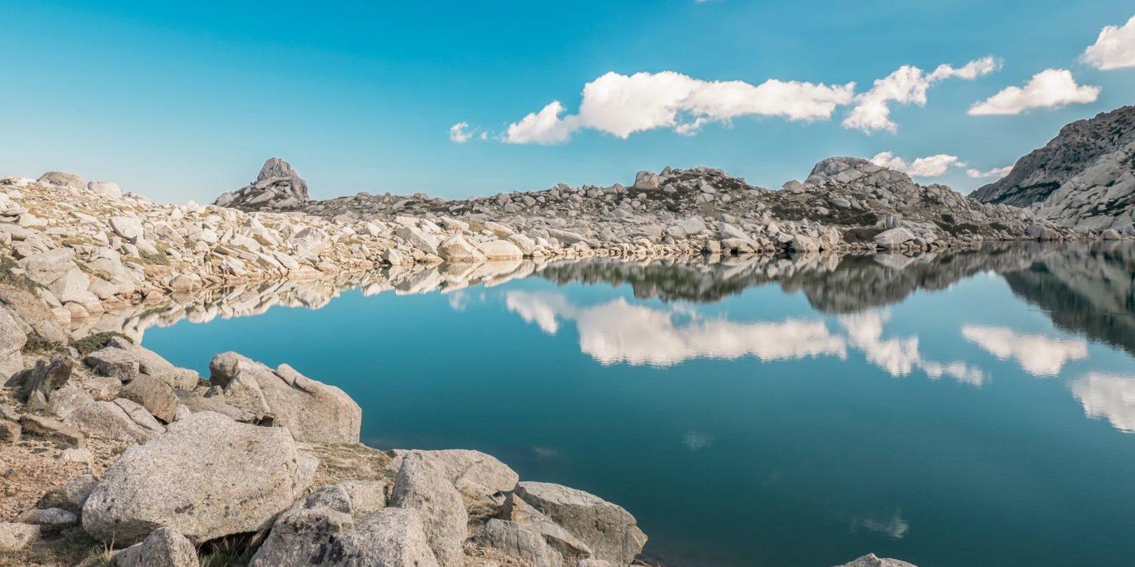 Lac de Bastani Monte Renoso Ghisoni Corsica Frankrijk bergmeer GR20 fotograaf Maarten-Deckers