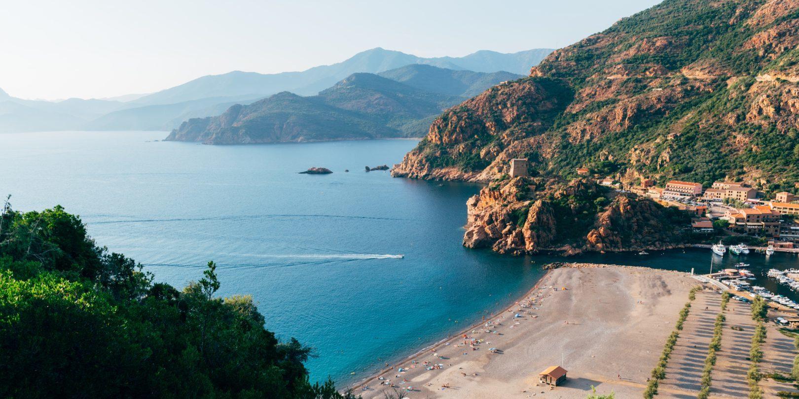 Porto Ota Corsica Frankrijk strand zee in-vogelvlucht fotograaf Kai-Pilger