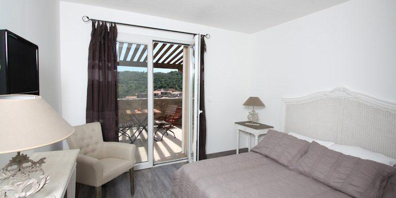 U San Dume Cateri Balagne Corsica Frankrijk kamer tweepersoonsbed balkon