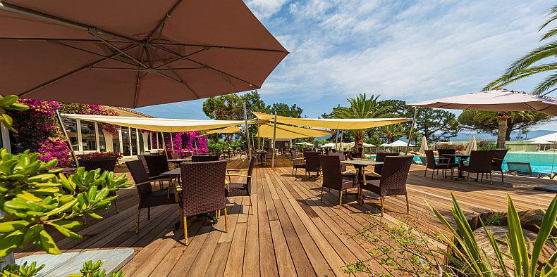 Hotel campo dell'Oro Ajaccio Corsica Frankrijk terras restaurant