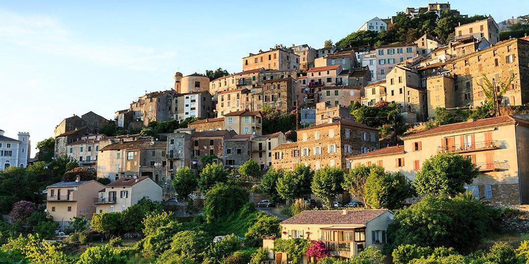 Oletta Nebbiu Cap Corse Corsica Frankrijk dorp heuvel
