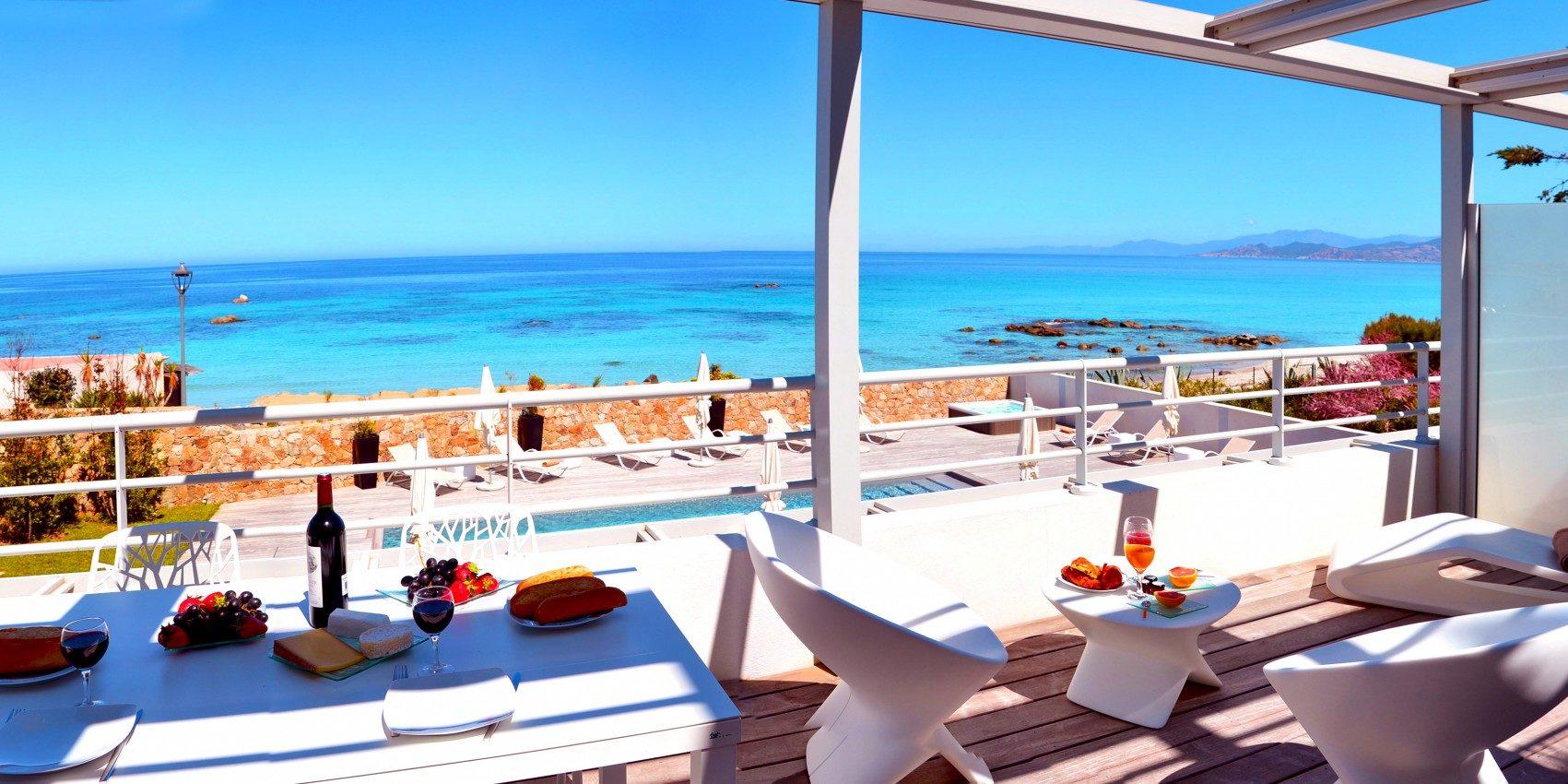 Residence Dary Ile Rousse Balagne Corsica Frankrijk terras zeezicht